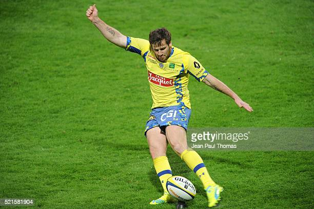 Camille LOPEZ of Clermont during the French Top 14 rugby union match between Clermont v Agen at Stade Marcel Michelin on April 16 2016 in...