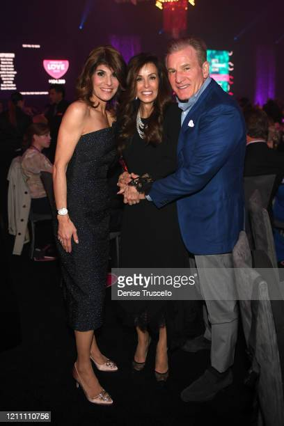 Camille Ruvo Sheryl Goldstein and Rob Goldstein attend the 24th annual Keep Memory Alive 'Power of Love Gala' benefit for the Cleveland Clinic Lou...