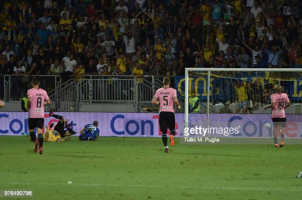 Camillo Ciano of Frosinone scores his team's second goal during the serie B playoff match final between Frosinone Calcio v US Citta di Palermo at...