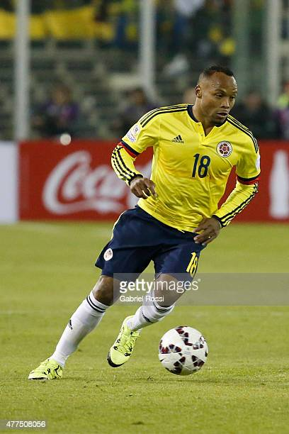 Camilo Zuñiga of Colombia drives the ball during the 2015 Copa America Chile Group C match between Brazil and Colombia at Monumental David Arellano...