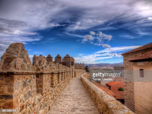 camino de piedra - llorente stock pictures, royalty-free photos & images