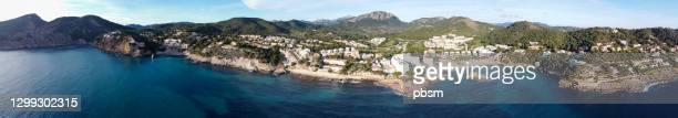 vista aérea del camp de mar (majorca) - islas baleares fotografías e imágenes de stock
