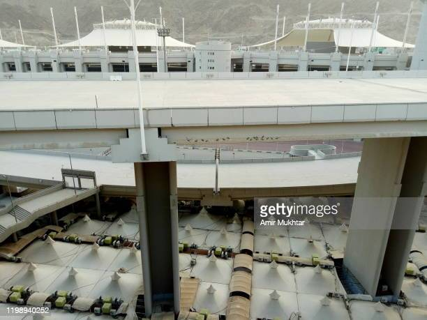 camp site (mina) for pilgrims during hajj - ziarat stock pictures, royalty-free photos & images