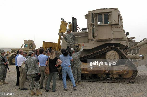 TO GO WITH AFP STORY BY OLIVIER KNOX A picture taken 10 May 2007 in the US base Camp Speicher near Tikrit in Iraq shows Natasha a D9 armoured...