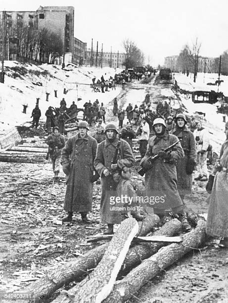 2WW campaign against soviet union /eastern front WaffenSS Stabilisation of the frontline in the Donez/Dnjepr Charkov Region Reconquest of Charkov...