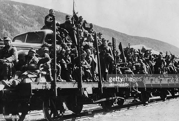 2 WW campaign of Denmark Norway from on Norway Railway freight car transport of mountain troops no place given turn of April/May 1940 Photographer...