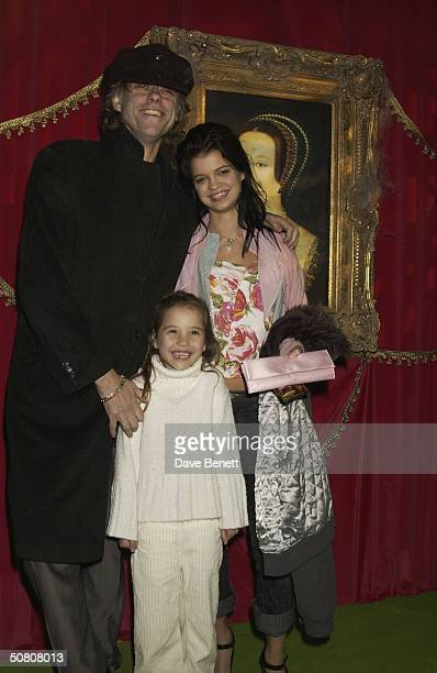 Campaigner Bob Geldof with daughters Pixie and Tiger Lily at the UK premiere of 'ScoobyDoo 2 Monsters Unleashed' at Vue Islington on 26th March 2004...