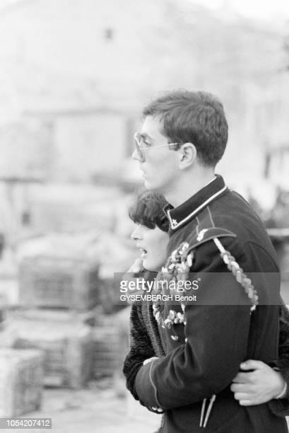 Campanie Italie Le 23 novembre 1980 le tremblement de terre de l'Irpinia dans le sud du pays a touché la Campanie la Basilicate et les Pouilles...