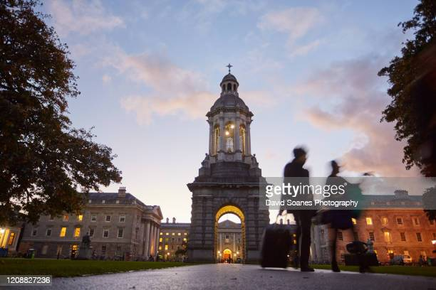 campanile in trinity college, dublin city, ireland - david soanes stock pictures, royalty-free photos & images