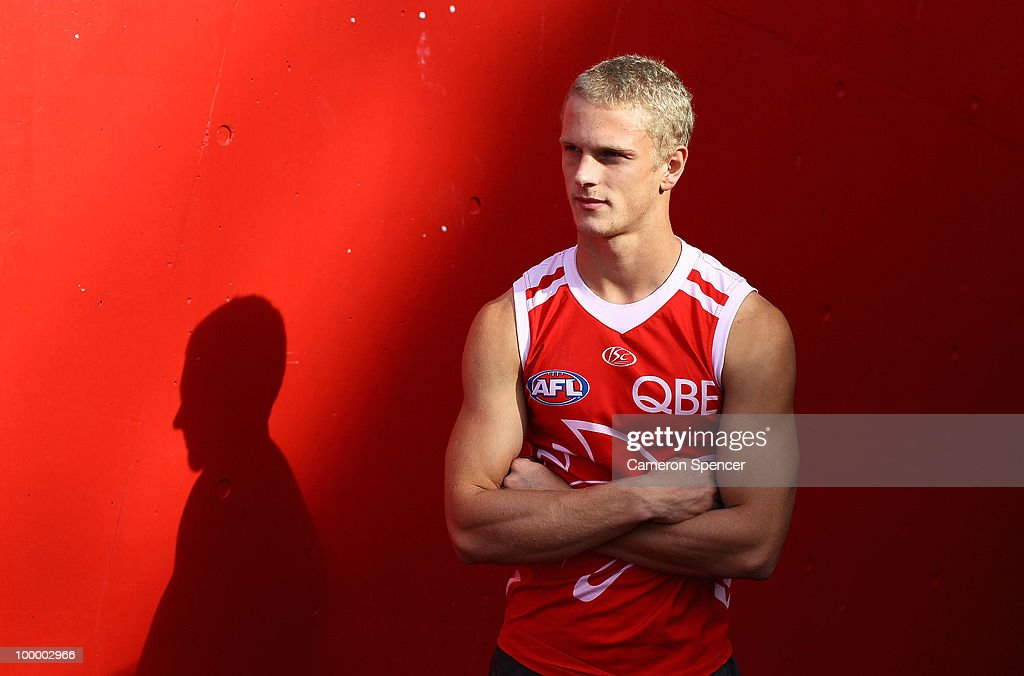 Campbell Heath of the Swans poses for a portrait during a Sydney Swans AFL training session at the Sydney Cricket Ground on May 20, 2010 in Sydney, Australia. (Photo by Cameron Spencer/Getty Images)h