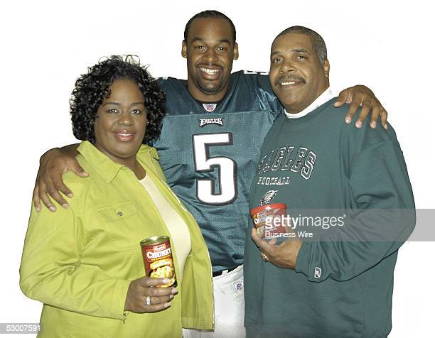 Campbell's Chunky soup spokesman and Philadelphia Eagles quarterback Donovan McNabb will be joined once again by his Mother Wilma and for the first...