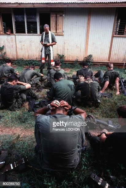 Campement de Marines américains le 4 novembre 1983 en Grenade