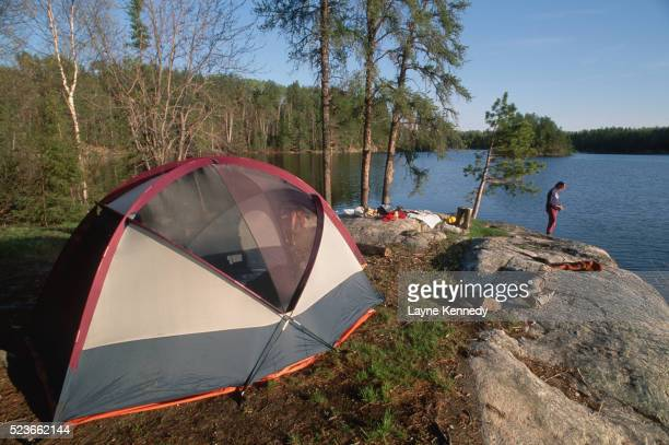 camping on the shore of crooked lake - boundary waters canoe area stock pictures, royalty-free photos & images