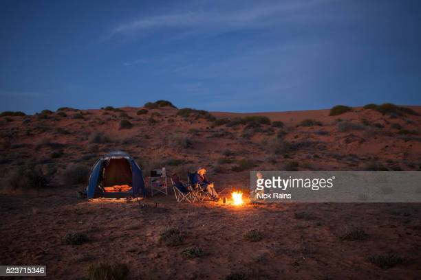 camping, sturts stony desert - image stock pictures, royalty-free photos & images