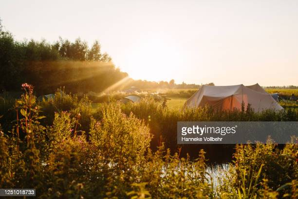camping view - kamperen stock pictures, royalty-free photos & images
