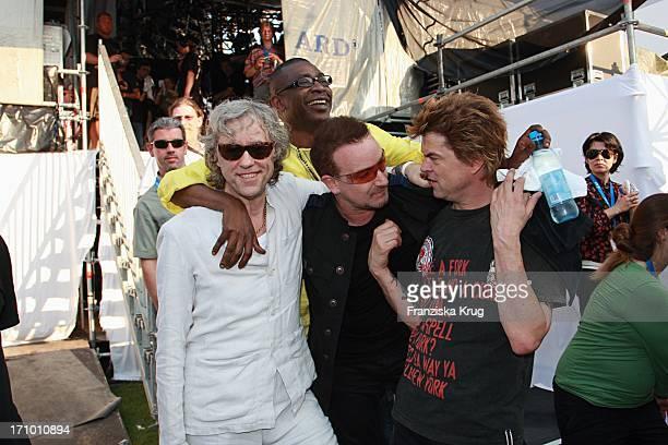Campino Von Den Toten Hosen Bono Von U2 Und Bob Geldof Und Sänger Youssou N' Dour Beim Festival 'Deine Stimme Gegen Armut' In Rostock Am Rande Des G8...