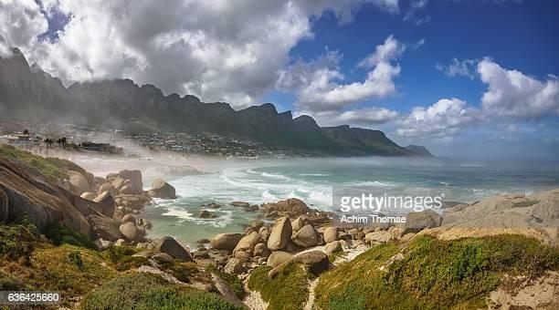 camps bay, cape town, south africa, africa - achim thomae stock-fotos und bilder