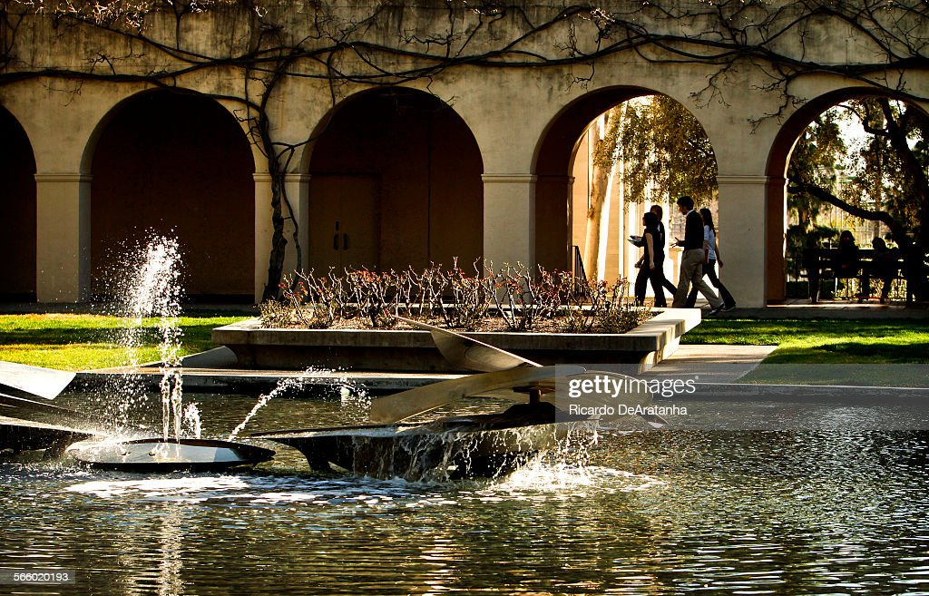PASADENA, CA - FEBRUARY 28,  2013 - Campus scene at California Institute of Technology, Caltech, in  : News Photo