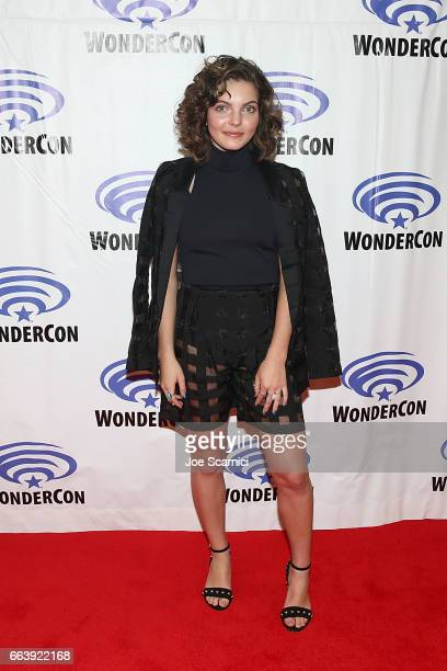 Camren Bicondova attends the Gotham press line at WonderCon 2017 Day 3 at Anaheim Convention Center on April 2 2017 in Anaheim California