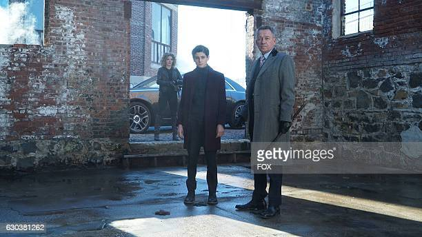 Camren Bicondova David Mazouz and Sean Pertwee in the Mad City Time Bomb episode of GOTHAM airing Monday Nov 21 on FOX