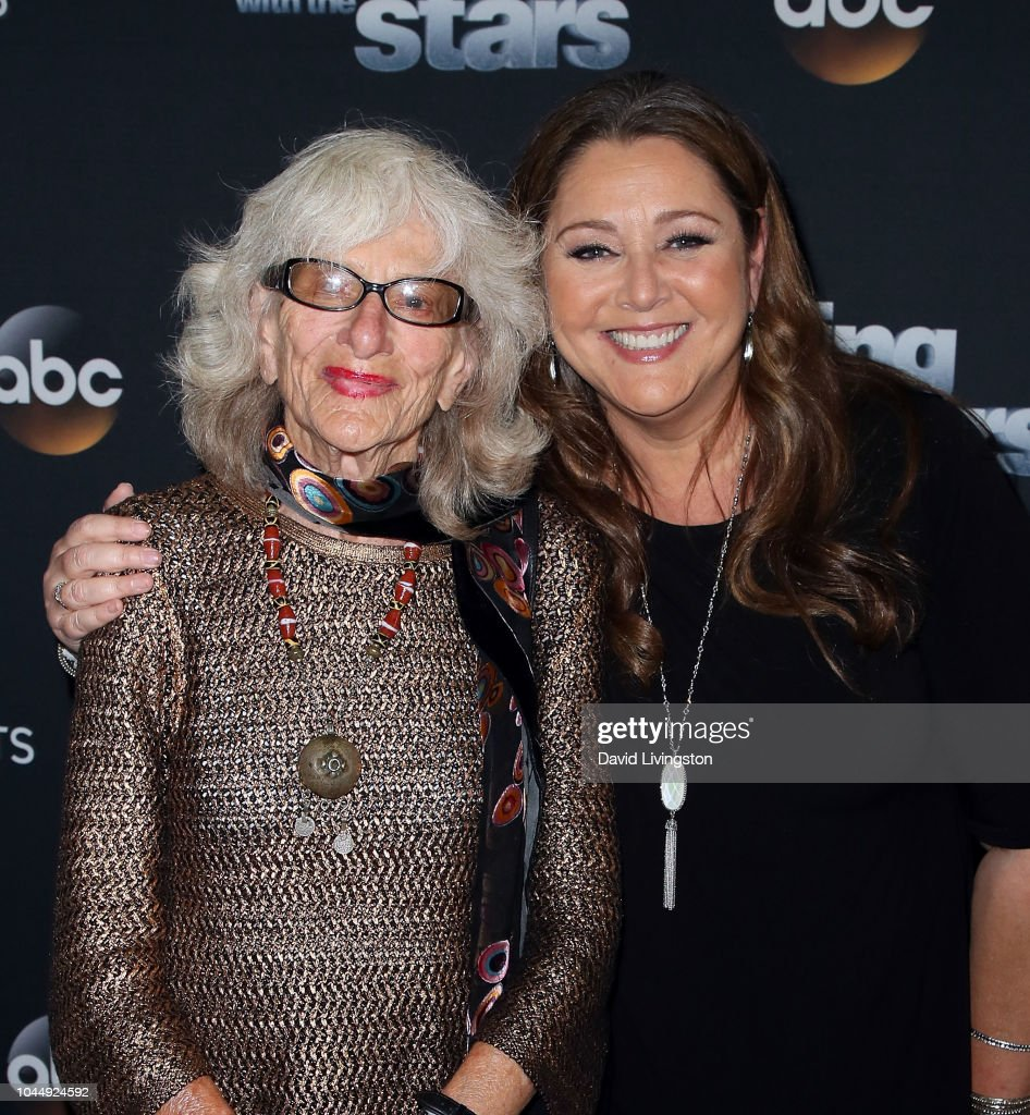 """""""Dancing With The Stars"""" Season 27 - October 2, 2018 - Arrivals : ニュース写真"""