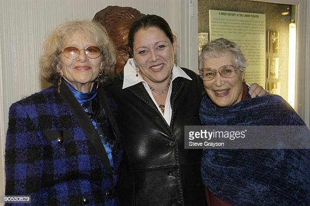 Camryn Manheim with mother Sylvia and aunt Lynn