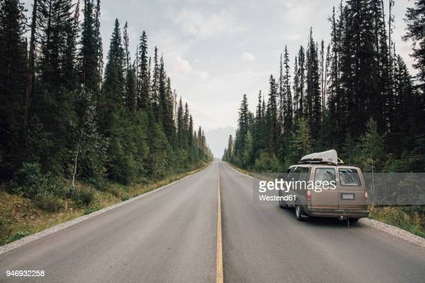 canada, british columbia, emerald lake road, yoho national park, van on road - mini van stock photos and pictures