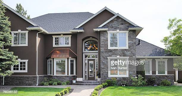 canada, british columbia, kelowna, house exterior - model home stock pictures, royalty-free photos & images