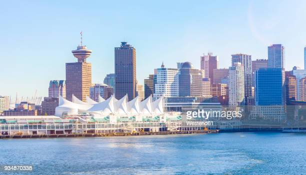 canada, british columbia, vancouver, convention center and canada place - カナダ バンクーバー ストックフォトと画像