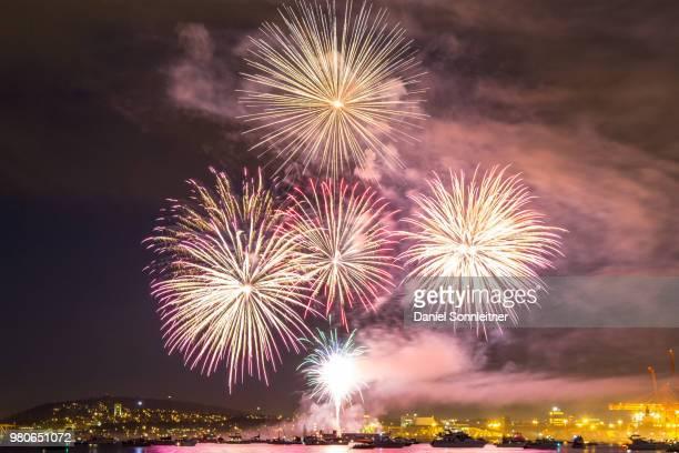 canada day fireworks - daniel funke stock-fotos und bilder