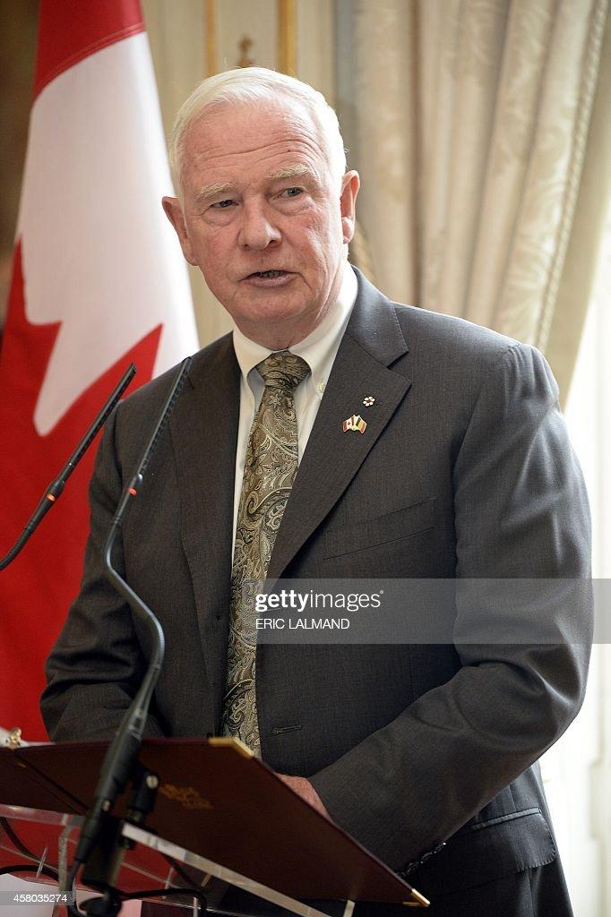 BELGIUM-CANADA-REYNDERS-JOHNSTON : News Photo
