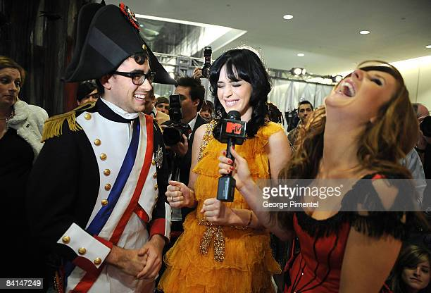 Canada hosts Dan Levy and Jessi Cruickshank with singer Katy Perry at the 2008 Fashion Cares Gala at the Metro Toronto Convention Centre on November...