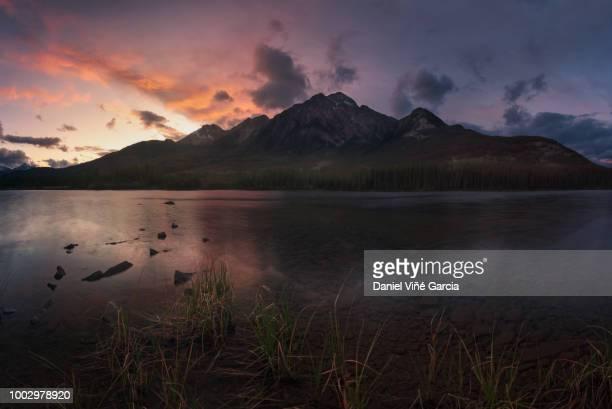 Canada, Jasper National Park, Jasper, Pyramid Mountain, Pyramid Lake at sunset
