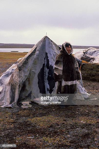 Canada Nwt Hudson Bay South Hampton Island Native Pt Traditional Inuit Summer Hunting Camp