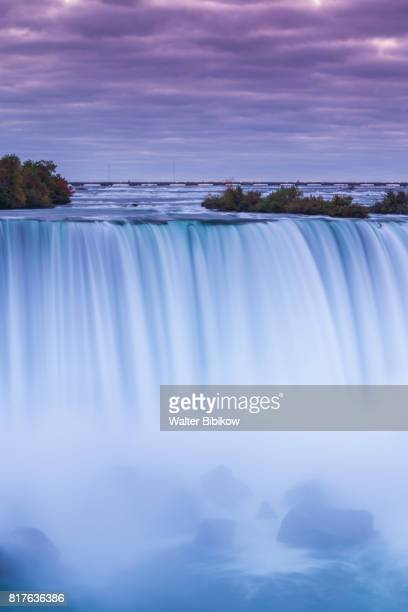 canada, ontario, exterior - horseshoe falls niagara falls stock pictures, royalty-free photos & images