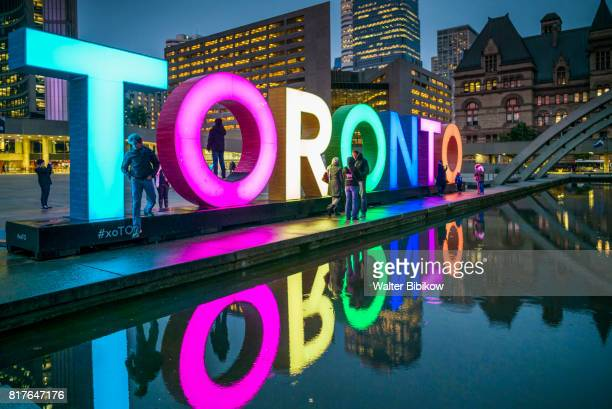 canada, ontario, exterior - toronto stock pictures, royalty-free photos & images