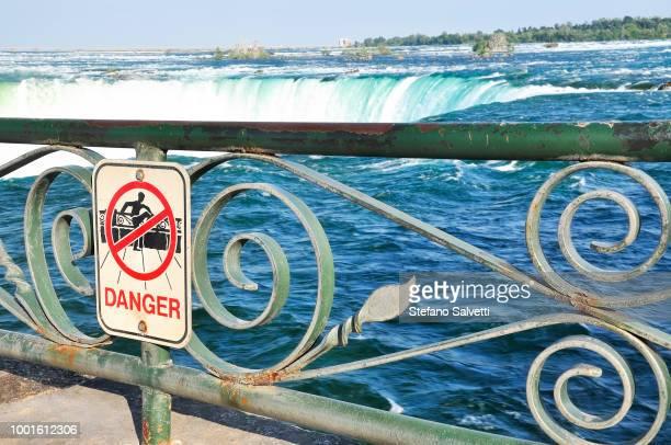 Canada, Ontario, signal of danger in Niagara falls