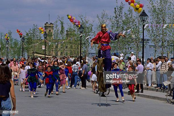 Canada Quebec Montreal Old Town Place Jacquescartier Parade Man On Stilts