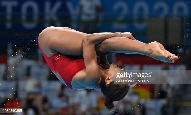 Canada's Jennifer Abel competes in the women's 3m springboard diving semi-final event during the Tokyo 2020 Olympic Games at the Tokyo Aquatics...