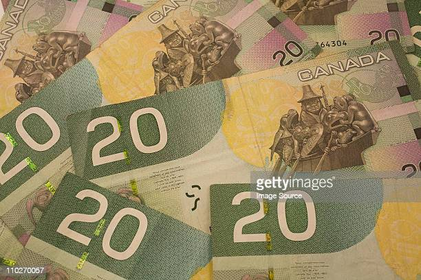 canadian 20 dollar banknotes - canadian dollars stock pictures, royalty-free photos & images