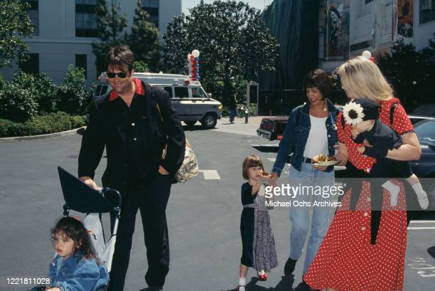 Canadian actor and comedian Dan Aykroyd with his wife American actress Donna Dixon and daughters Danielle Aykroyd Stella Aykroyd and Belle Aykroyd...