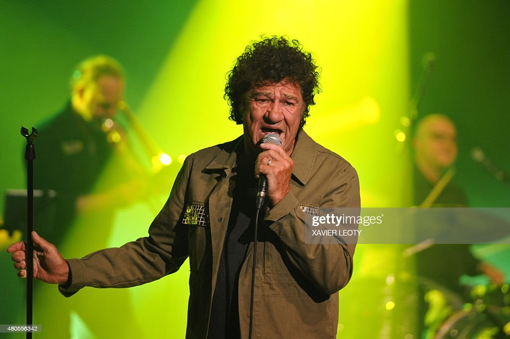 Canadian actor and singer Robert Charlebois performs during the Francofolies music festival in La Rochelle on July 12, 2015.