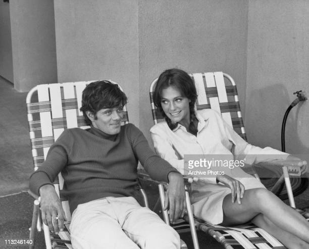 Canadian actor Michael Sarrazin with girlfriend British actress Jacqueline Bisset circa 1971.
