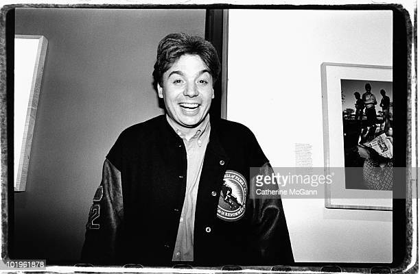 Canadian actor Mike Myers poses for a photo at an unidentified event in November 1993 in New York City New York