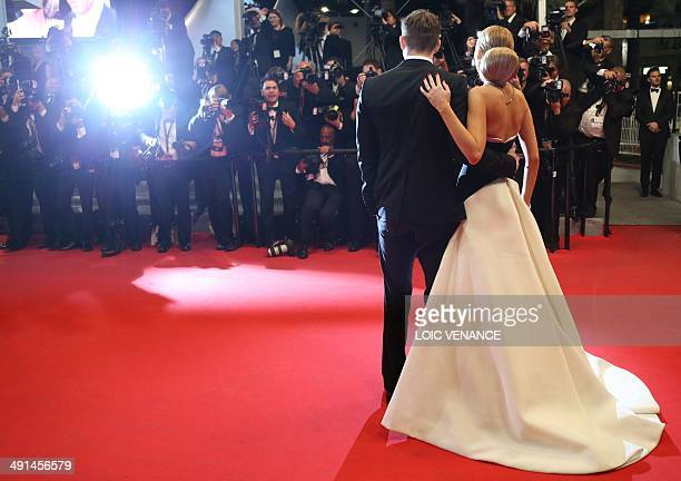 """Canadian actor Ryan Reynolds and his wife US actress Blake Lively pose as they arrive for the screening of the film """"Captives"""" at the 67th edition of..."""