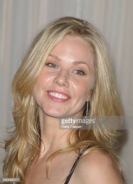 Canadian actress Andrea Roth arrives at the inaugural 'Noche de Ninos' gala a benefit event for Childrens Hospital Los Angeles