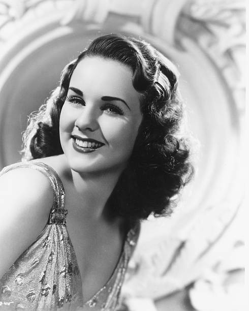canadian-actress-deanna-durbin-circa-194