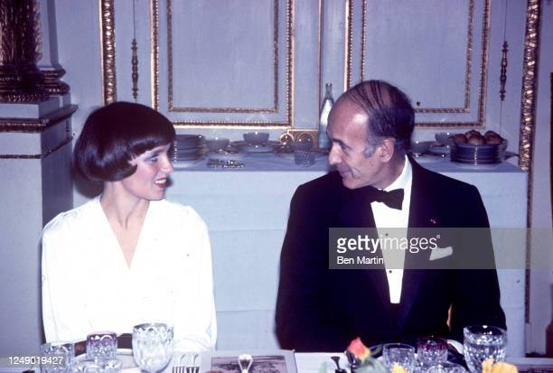 Canadian author, actress, photographer and activist Margaret Trudeau and French politician Valéry Giscard d'Estaing, 1974.