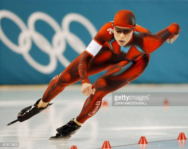 Canadian Catriona Lemay Doan skates in the second ladies 500m speed skating race at the Utah Olympic Oval 14 February 2002 during the XIXth Winter...