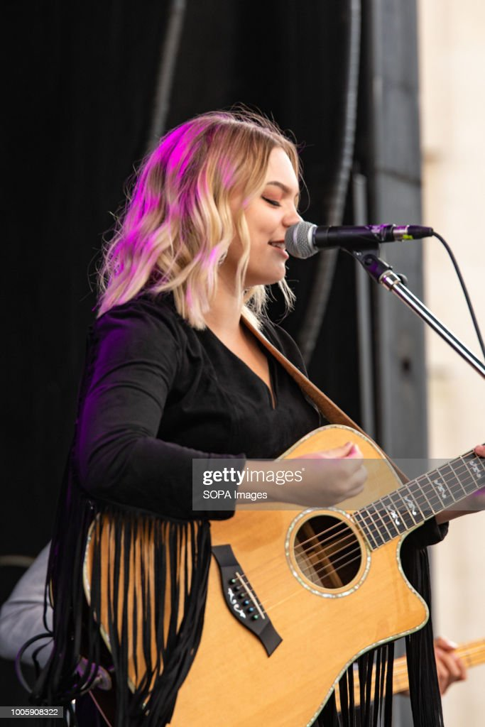 Canadian Country Music Recording artist Olivia Rose Leaf